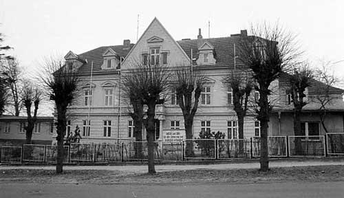 Sitz des Rat des Kreises Bergen, Billrothstrasse 1987
