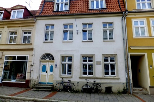 Greifswald. Arndts Wohnhaus in der Greifswalder Johann-Sebastian-Bach-Straße 2013