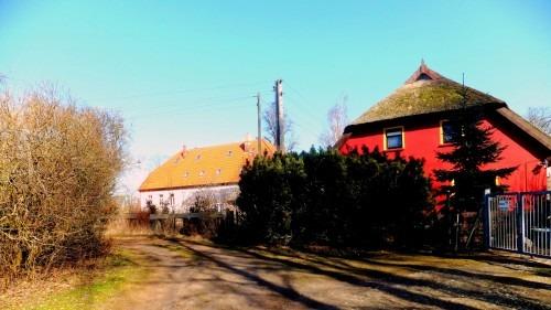 Breesen bei Rambin 2010. Blick auf das ehemalige Gutshaus, das erst im 19. Jahrhundert errichtet wurde.