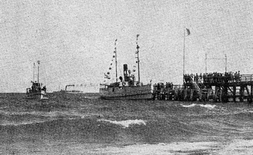 Bild-12.-Göhren.-Der-Brückenkopf-mit-Vegrnügungsdampfer-RHK-1929-S.-17