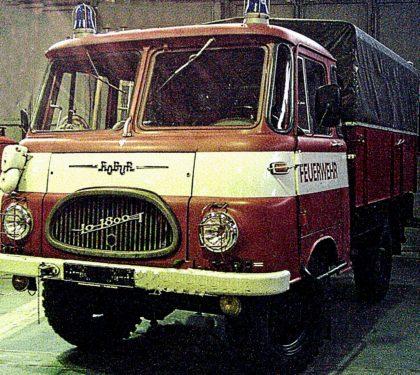 """Abb. 4 Der Robur wurde wegen seines markanten Kühlergrills auch """"Fischmaul"""" genannt (Foto dem Internet entnommen)"""