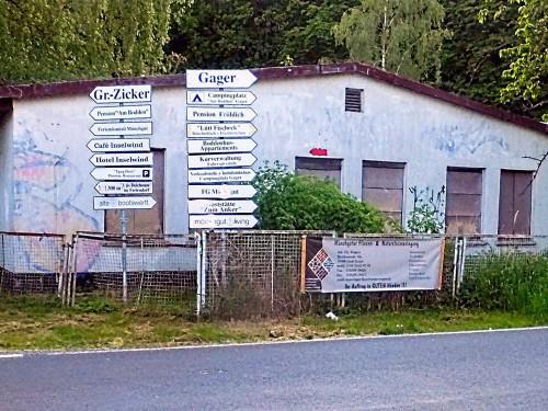 Abb. 7. Gager. Blick auf die einstige Zentralmönchgut, die Verf. von 1946 bis 1950 mit Unterbrechungen besuchte.  Aufnahme im Mai 2016.